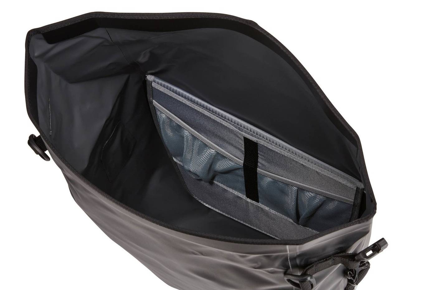 Thule Shield Pannier 25L Pair 3204210